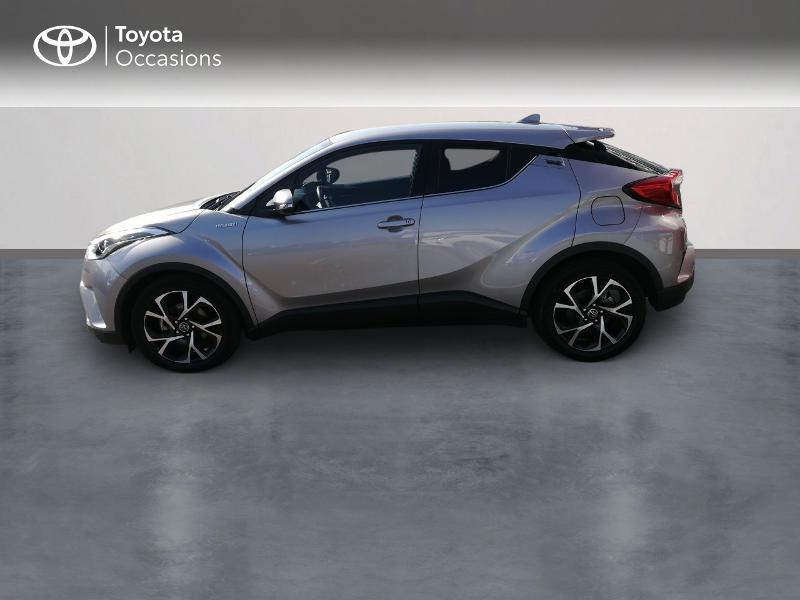 Photo 3 de l'offre de TOYOTA C-HR 122h Edition 2WD E-CVT RC18 à 20490€ chez Altis - Toyota Pontivy