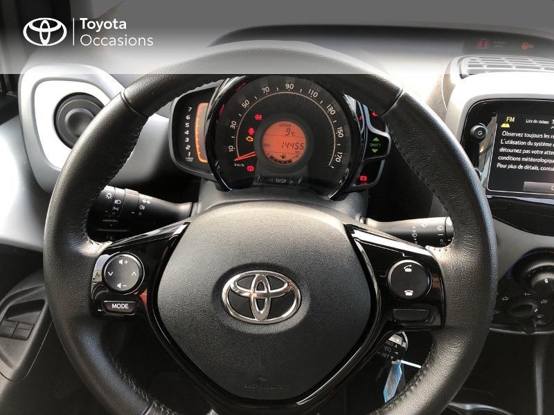 Photo 13 de l'offre de TOYOTA Aygo 1.0 VVT-i 72ch x-play x-app 5p à 9490€ chez Altis - Toyota Pontivy