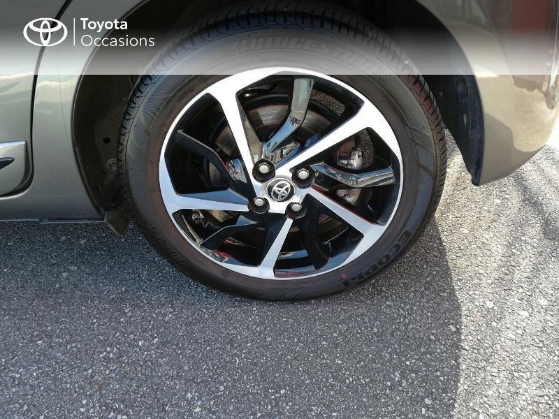 Photo 4 de l'offre de TOYOTA Yaris 100h Collection 5p MY19 à 15490€ chez Altis - Toyota Pontivy