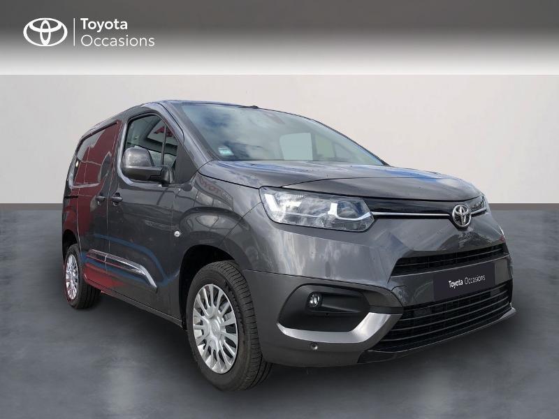 Toyota PROACE CITY Medium 130 D-4D Business BVA RC21 Diesel Gris Platinium Occasion à vendre
