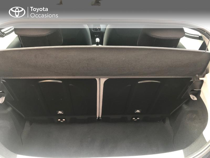 Photo 10 de l'offre de TOYOTA Aygo 1.0 VVT-i 72ch x-play x-app 5p à 9490€ chez Altis - Toyota Pontivy