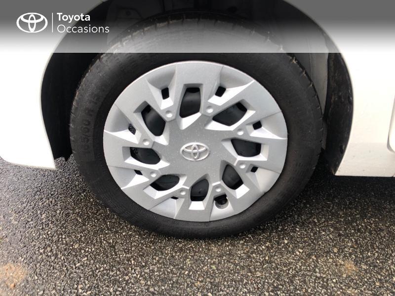 Photo 16 de l'offre de TOYOTA Aygo 1.0 VVT-i 72ch x-play x-app 5p à 9490€ chez Altis - Toyota Pontivy
