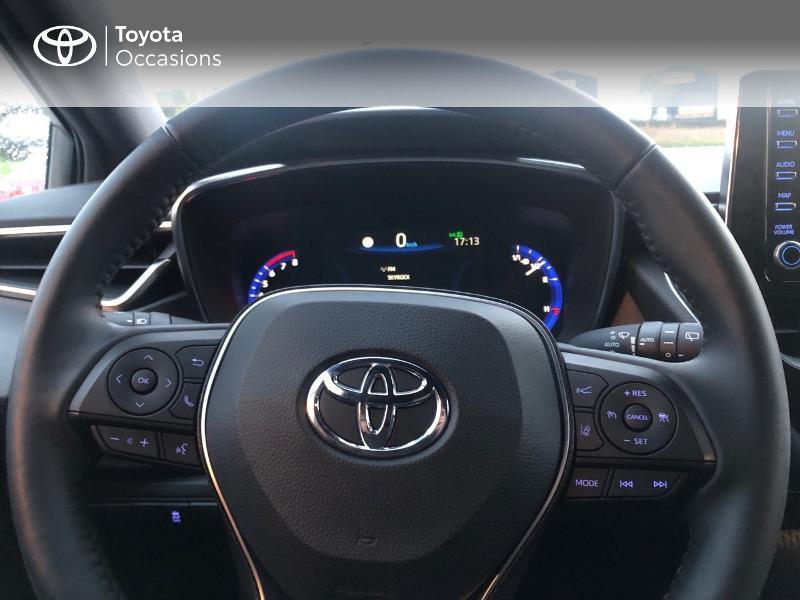 Photo 12 de l'offre de TOYOTA Corolla 184h Design à 24980€ chez Altis - Toyota Pontivy
