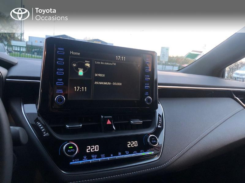 Photo 14 de l'offre de TOYOTA Corolla 184h Design à 24980€ chez Altis - Toyota Pontivy