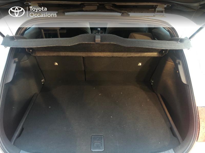 Photo 9 de l'offre de TOYOTA Corolla 184h Design à 24980€ chez Altis - Toyota Pontivy