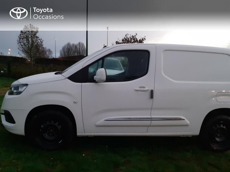 Photo 3 de l'offre de TOYOTA PROACE CITY Medium 130 D-4D Business à 23290€ chez Altis - Toyota Pontivy