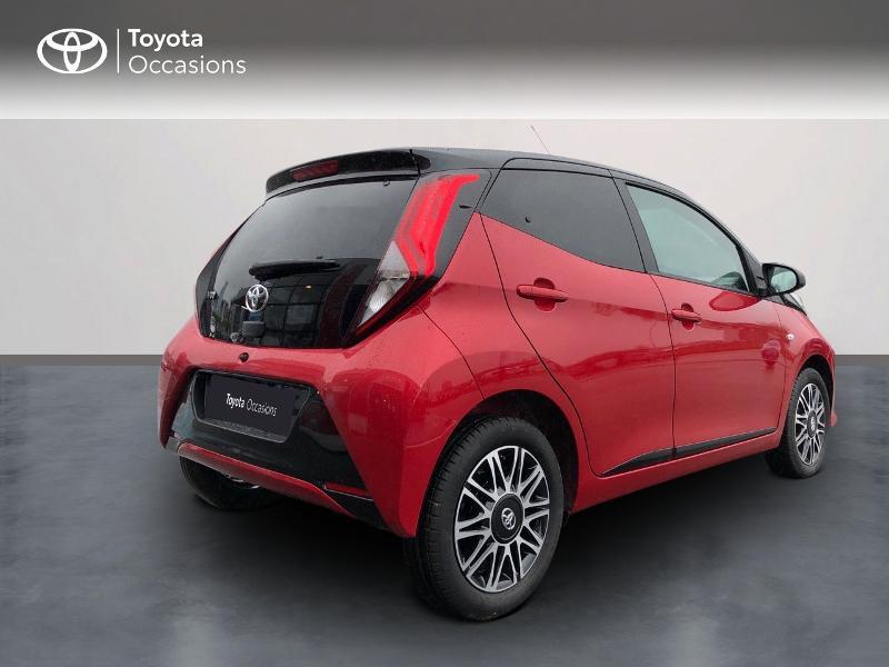 Photo 2 de l'offre de TOYOTA Aygo 1.0 VVT-i 72ch x-clusiv 5p MY20 à 13490€ chez Altis - Toyota Pontivy