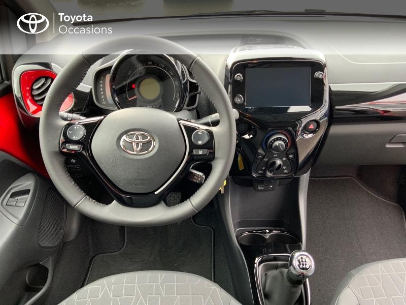 Photo 10 de l'offre de TOYOTA Aygo 1.0 VVT-i 72ch x-clusiv 5p MY20 à 11890€ chez Altis - Toyota Pontivy