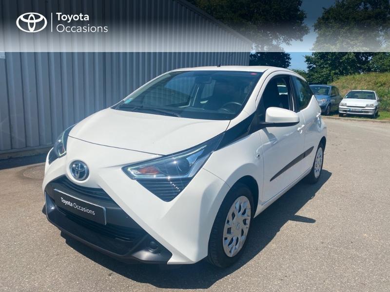 Toyota Aygo 1.0 VVT-i 72ch x-play x-app x-shift 5p MC18 Essence BLANC PUR Occasion à vendre