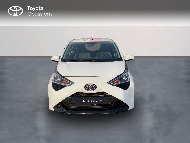 Photo 2 de l'offre de TOYOTA Aygo 1.0 VVT-i 72ch x-play 5p MY20 à 12490€ chez Altis - Toyota Pontivy