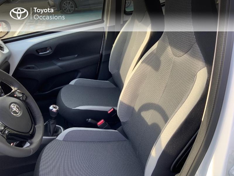 Photo 13 de l'offre de TOYOTA Aygo 1.0 VVT-i 72ch x-play 5p MY20 à 12490€ chez Altis - Toyota Pontivy
