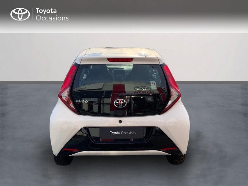 Photo 6 de l'offre de TOYOTA Aygo 1.0 VVT-i 72ch x-play 5p MY20 à 12490€ chez Altis - Toyota Pontivy