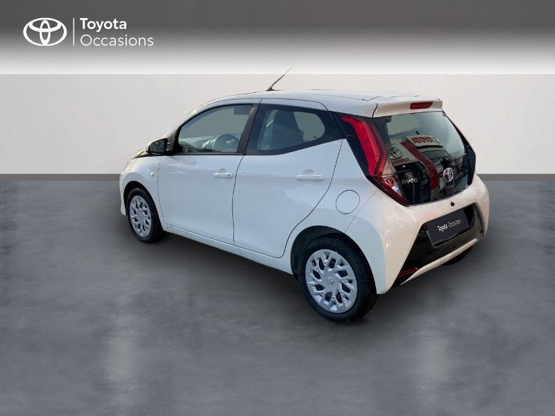 Photo 5 de l'offre de TOYOTA Aygo 1.0 VVT-i 72ch x-play 5p MY20 à 12490€ chez Altis - Toyota Pontivy