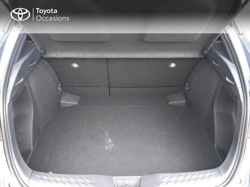Photo 10 de l'offre de TOYOTA C-HR 122h Edition 2WD E-CVT MY20 à 26980€ chez Altis - Toyota Pontivy
