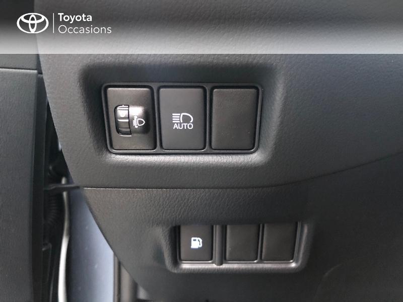 Photo 13 de l'offre de TOYOTA C-HR 122h Edition 2WD E-CVT MY20 à 26980€ chez Altis - Toyota Pontivy
