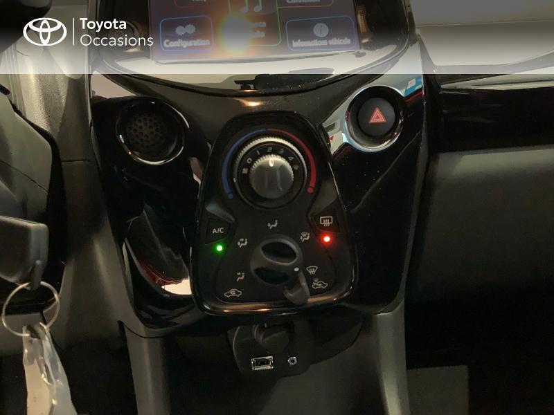 Photo 22 de l'offre de TOYOTA Aygo 1.0 VVT-i 72ch x-clusiv 5p MY20 à 13440€ chez Altis - Toyota Auray