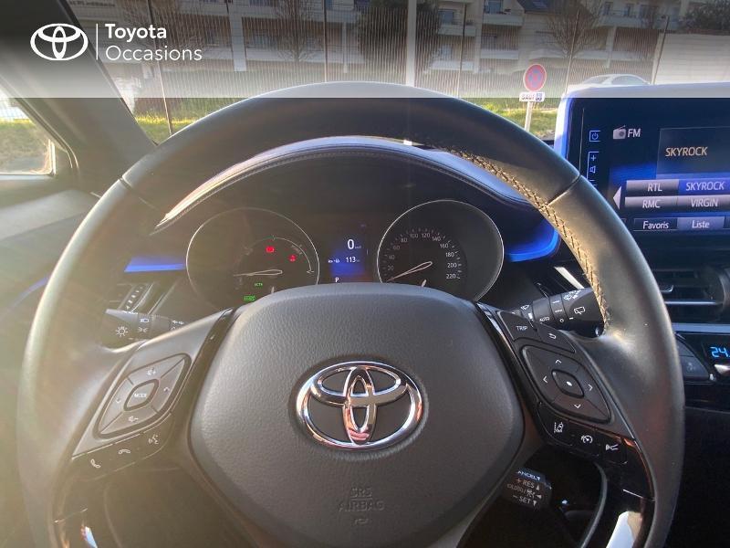 Photo 13 de l'offre de TOYOTA C-HR 122h Graphic 2WD E-CVT à 20990€ chez Altis - Toyota Auray