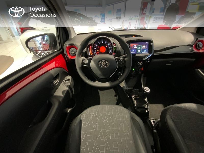 Photo 9 de l'offre de TOYOTA Aygo 1.0 VVT-i 72ch x-clusiv 5p MY20 à 13440€ chez Altis - Toyota Auray
