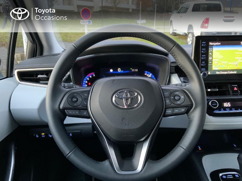 Photo 13 de l'offre de TOYOTA Corolla 122h Collection MY20 5cv à 27390€ chez Altis - Toyota Auray