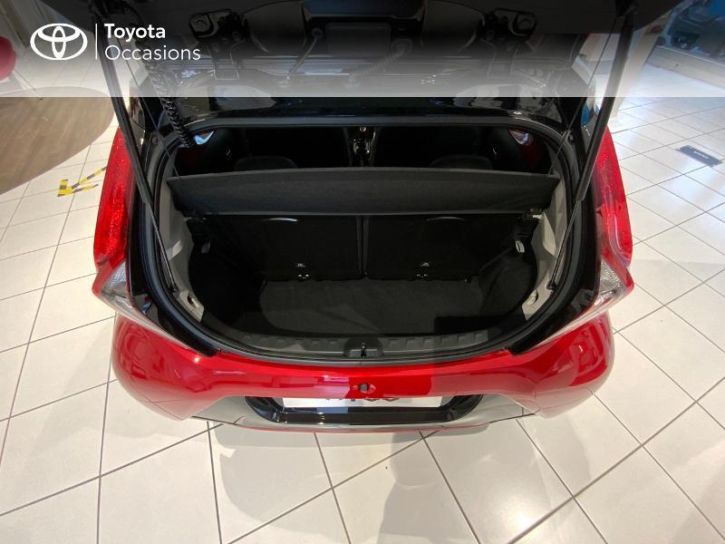Photo 10 de l'offre de TOYOTA Aygo 1.0 VVT-i 72ch x-clusiv 5p MY20 à 13440€ chez Altis - Toyota Auray
