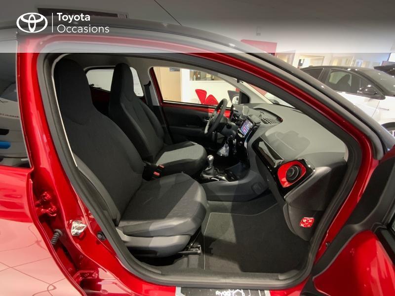 Photo 6 de l'offre de TOYOTA Aygo 1.0 VVT-i 72ch x-clusiv 5p MY20 à 13440€ chez Altis - Toyota Auray