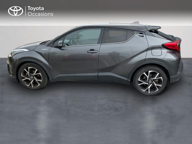 Photo 3 de l'offre de TOYOTA C-HR 122h Graphic 2WD E-CVT à 18990€ chez Altis - Toyota Auray