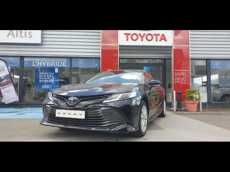 Photo 1 de l'offre de TOYOTA Camry Hybride 218ch Dynamic à 38790€ chez Altis - Toyota Auray
