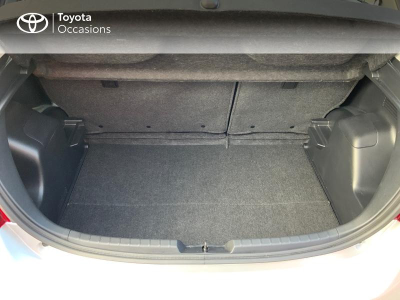 Photo 15 de l'offre de TOYOTA Yaris HSD 100h Dynamic 5p à 13660€ chez Altis - Toyota Auray