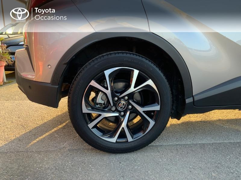 Photo 16 de l'offre de TOYOTA C-HR 122h Graphic 2WD E-CVT à 20990€ chez Altis - Toyota Auray