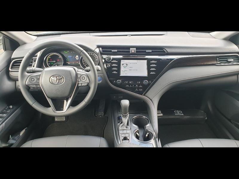 Photo 9 de l'offre de TOYOTA Camry Hybride 218ch Dynamic à 38790€ chez Altis - Toyota Auray