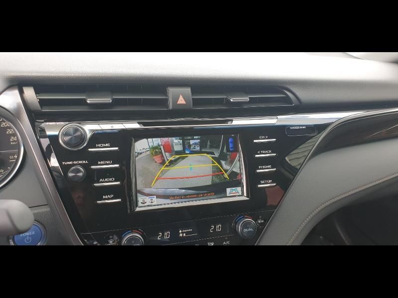 Photo 15 de l'offre de TOYOTA Camry Hybride 218ch Dynamic à 38790€ chez Altis - Toyota Auray