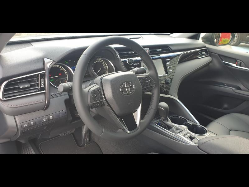 Photo 8 de l'offre de TOYOTA Camry Hybride 218ch Dynamic à 38790€ chez Altis - Toyota Auray