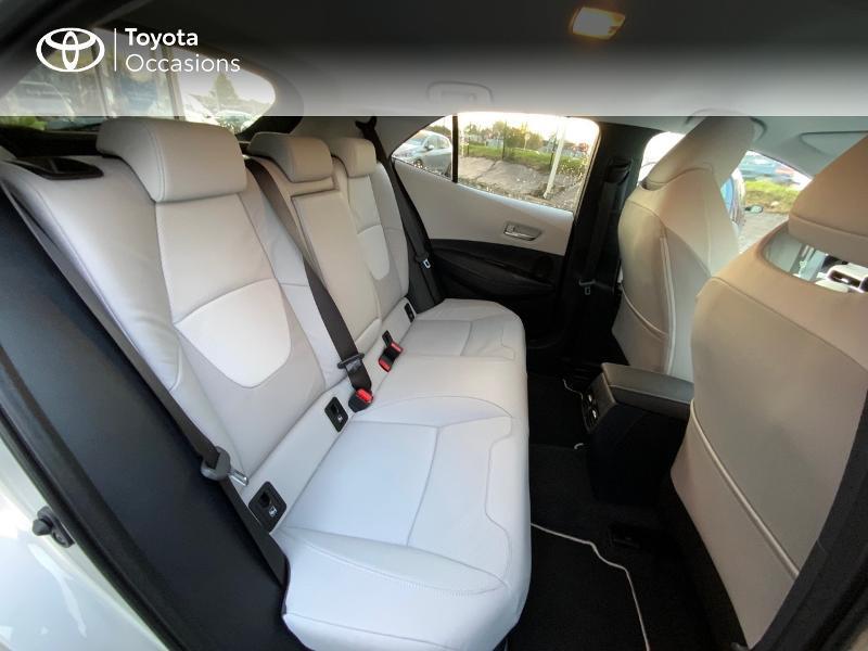 Photo 7 de l'offre de TOYOTA Corolla 122h Collection MY20 5cv à 27390€ chez Altis - Toyota Auray