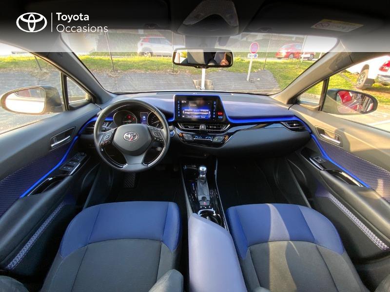 Photo 8 de l'offre de TOYOTA C-HR 122h Graphic 2WD E-CVT à 20990€ chez Altis - Toyota Auray