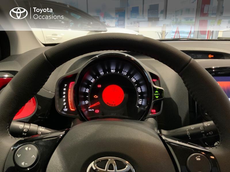 Photo 14 de l'offre de TOYOTA Aygo 1.0 VVT-i 72ch x-clusiv 5p MY20 à 13440€ chez Altis - Toyota Auray