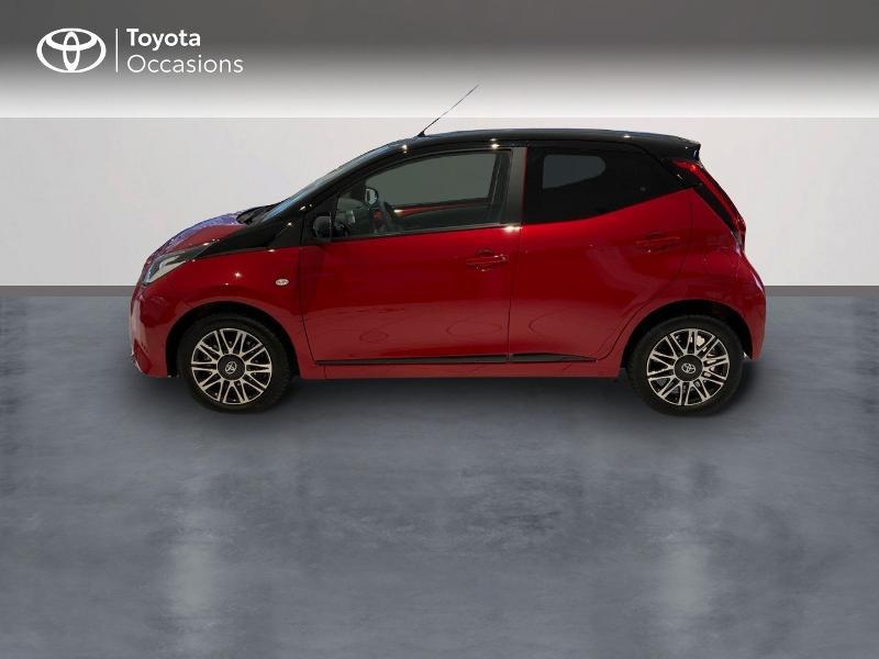 Photo 3 de l'offre de TOYOTA Aygo 1.0 VVT-i 72ch x-clusiv 5p MY20 à 13440€ chez Altis - Toyota Auray