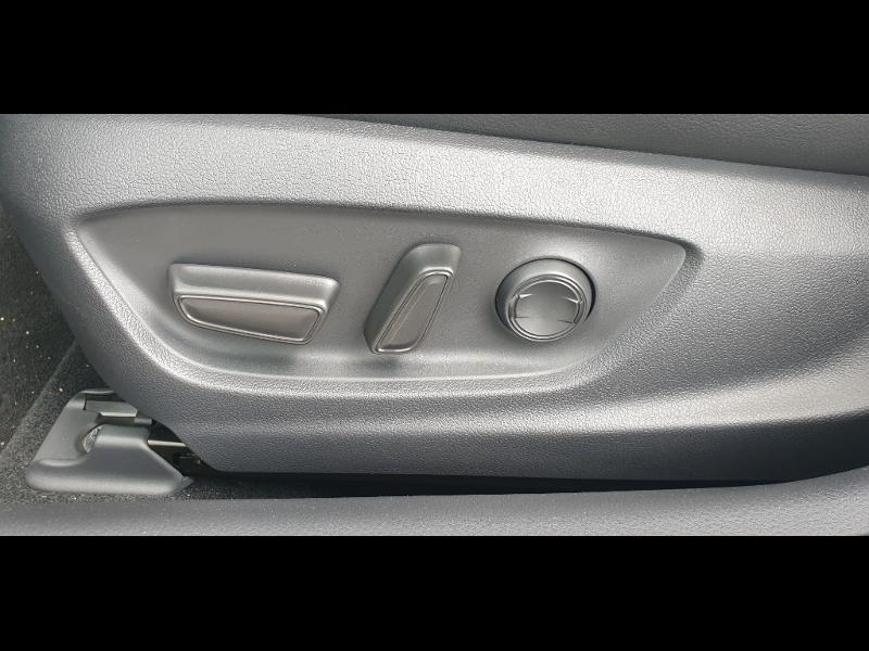 Photo 13 de l'offre de TOYOTA Camry Hybride 218ch Dynamic à 38790€ chez Altis - Toyota Auray