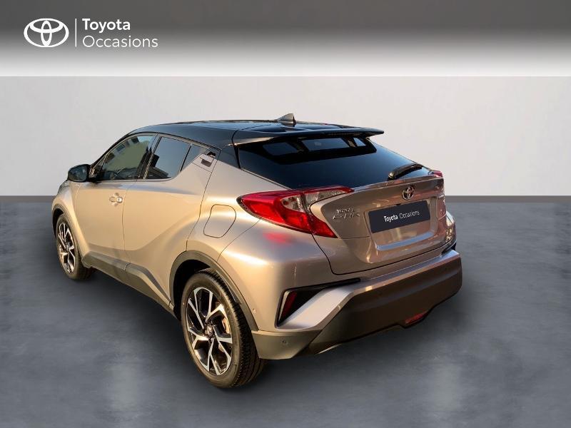 Photo 2 de l'offre de TOYOTA C-HR 122h Graphic 2WD E-CVT à 20990€ chez Altis - Toyota Auray