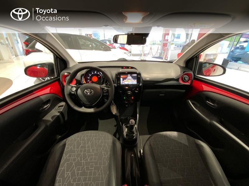 Photo 8 de l'offre de TOYOTA Aygo 1.0 VVT-i 72ch x-clusiv 5p MY20 à 13440€ chez Altis - Toyota Auray