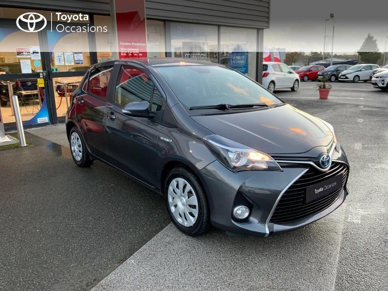 Photo 19 de l'offre de TOYOTA Yaris HSD 100h Dynamic 5p à 11940€ chez Altis - Toyota Auray