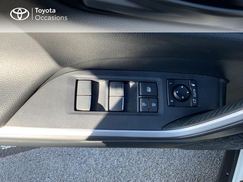 Photo 12 de l'offre de TOYOTA RAV4 Hybride 218ch Collection 2WD à 37980€ chez Altis - Toyota Auray