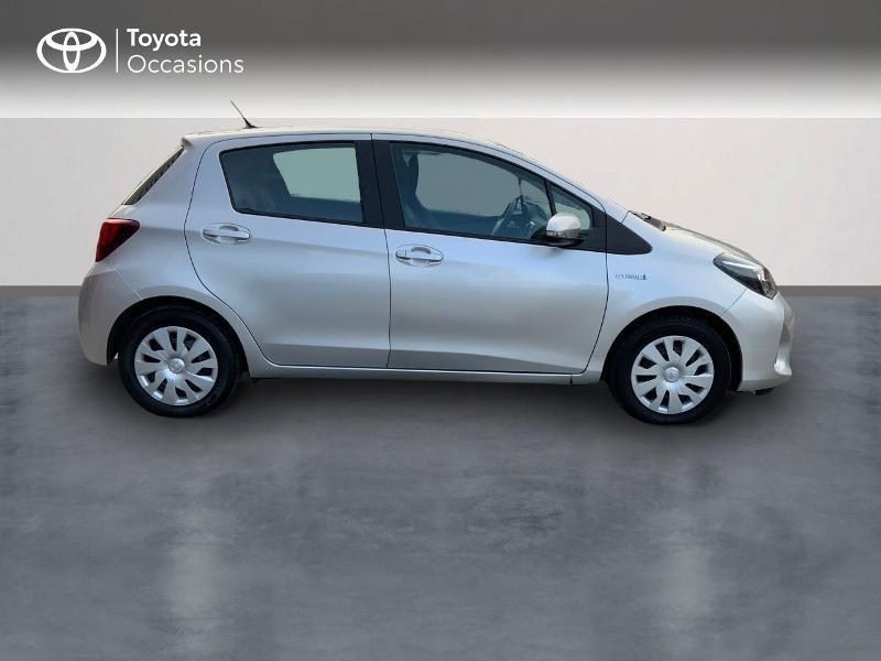 Photo 3 de l'offre de TOYOTA Yaris HSD 100h Dynamic 5p à 13660€ chez Altis - Toyota Auray