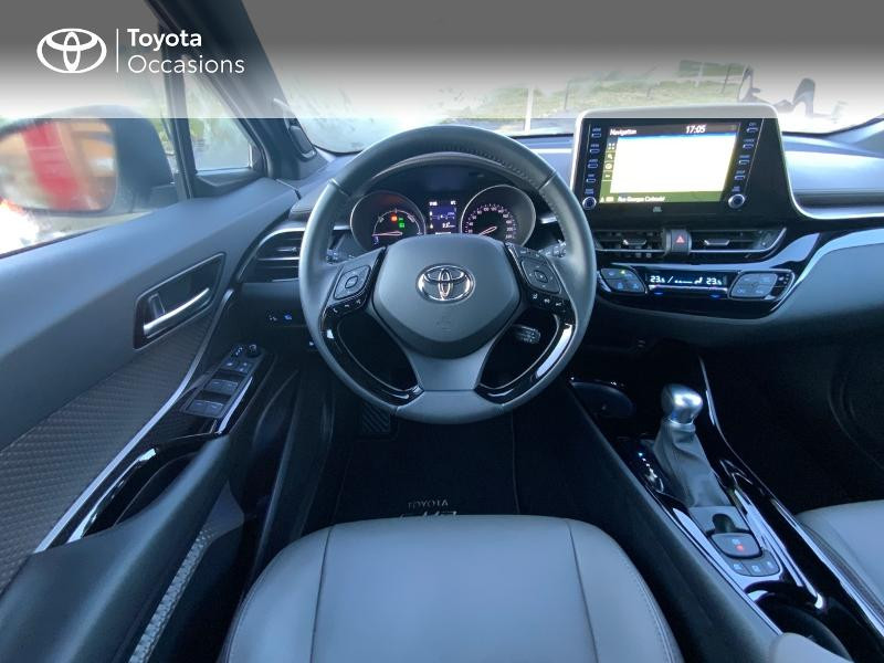 Photo 9 de l'offre de TOYOTA C-HR 122h Distinctive 2WD E-CVT à 25980€ chez Altis - Toyota Auray