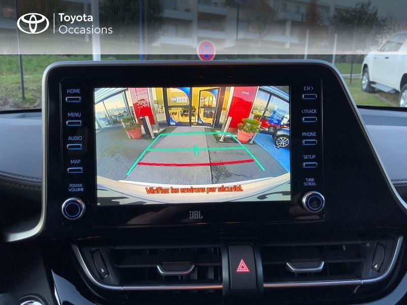 Photo 24 de l'offre de TOYOTA C-HR 122h Distinctive 2WD E-CVT à 25980€ chez Altis - Toyota Auray