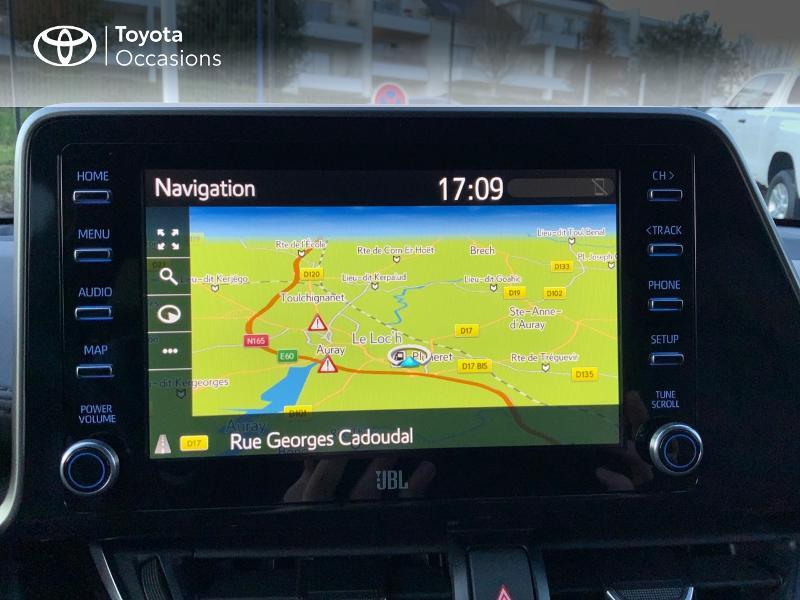 Photo 15 de l'offre de TOYOTA C-HR 122h Distinctive 2WD E-CVT à 25980€ chez Altis - Toyota Auray