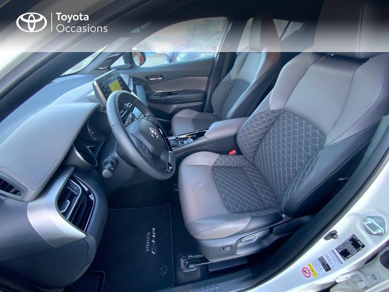 Photo 11 de l'offre de TOYOTA C-HR 122h Distinctive 2WD E-CVT à 25980€ chez Altis - Toyota Auray
