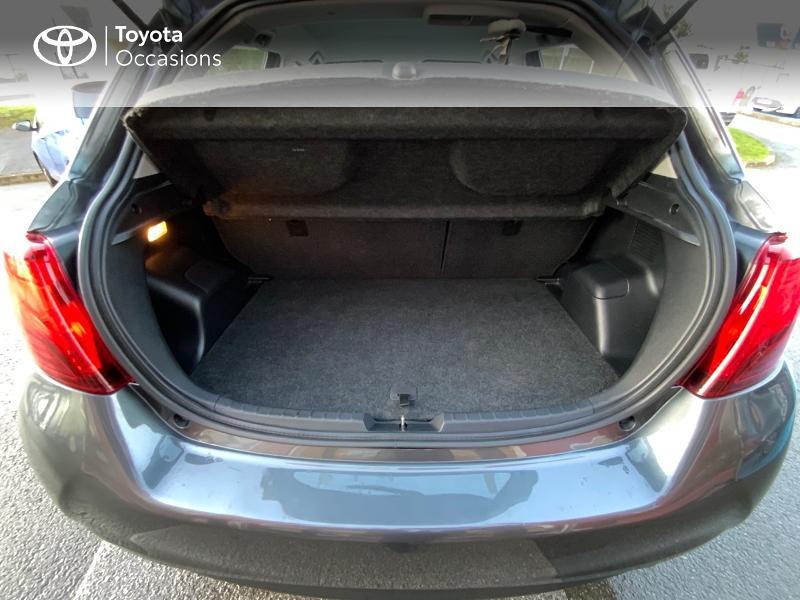 Photo 10 de l'offre de TOYOTA Yaris HSD 100h Dynamic 5p à 11940€ chez Altis - Toyota Auray
