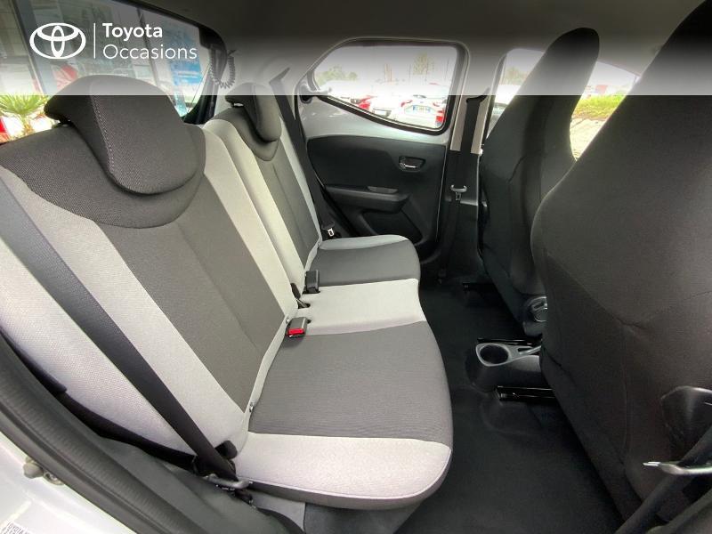 Photo 7 de l'offre de TOYOTA Aygo 1.0 VVT-i 69ch x-play 5p à 8890€ chez Altis - Toyota Auray