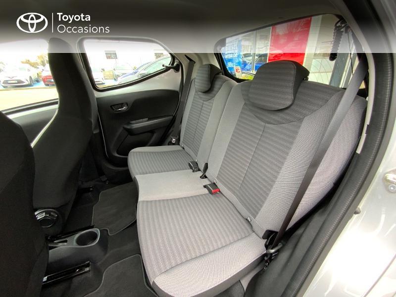 Photo 12 de l'offre de TOYOTA Aygo 1.0 VVT-i 72ch x-play 5p à 9890€ chez Altis - Toyota Auray