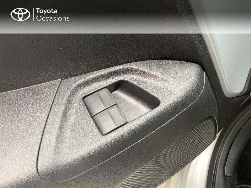 Photo 21 de l'offre de TOYOTA Aygo 1.0 VVT-i 72ch x-play 5p à 9890€ chez Altis - Toyota Auray